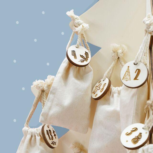 """Adventskalender """"Weihnachtsbaum"""" personalisiert für Kind"""